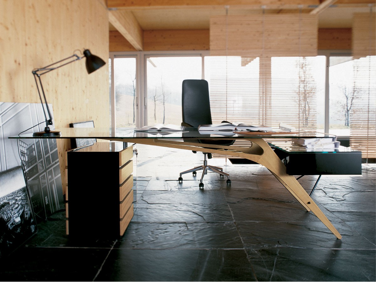 Zanotta cavour desk deplain zanotta cavour desk keyboard keysfo Image collections