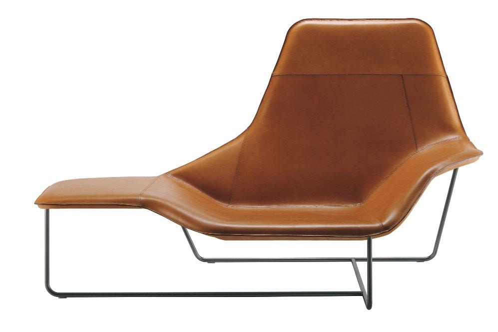 Zanotta 921 lama chaise longue for Chaise zanotta