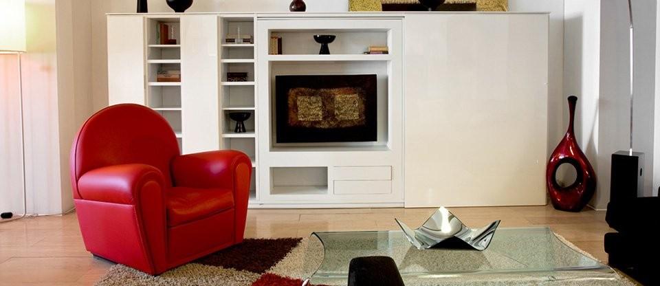 Poltrona Frau Vanity Fair Red Armchair | Deplain.com