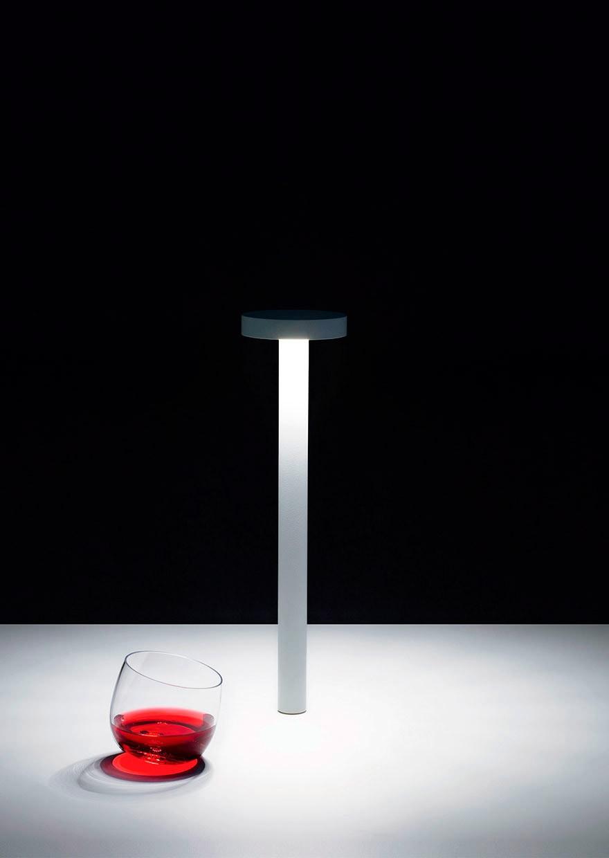 Davide groppi tetatet lampada da tavolo - Lampada led da tavolo ricaricabile ...